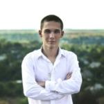 Артём Безрукавенко