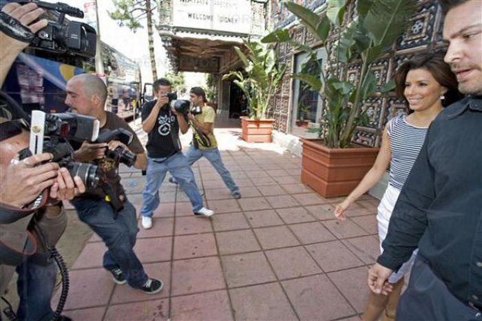Paps photograph Eva Longoria Parker oustide the Mayan theater on TUE April 15, 2008 in Los Angeles, CA.