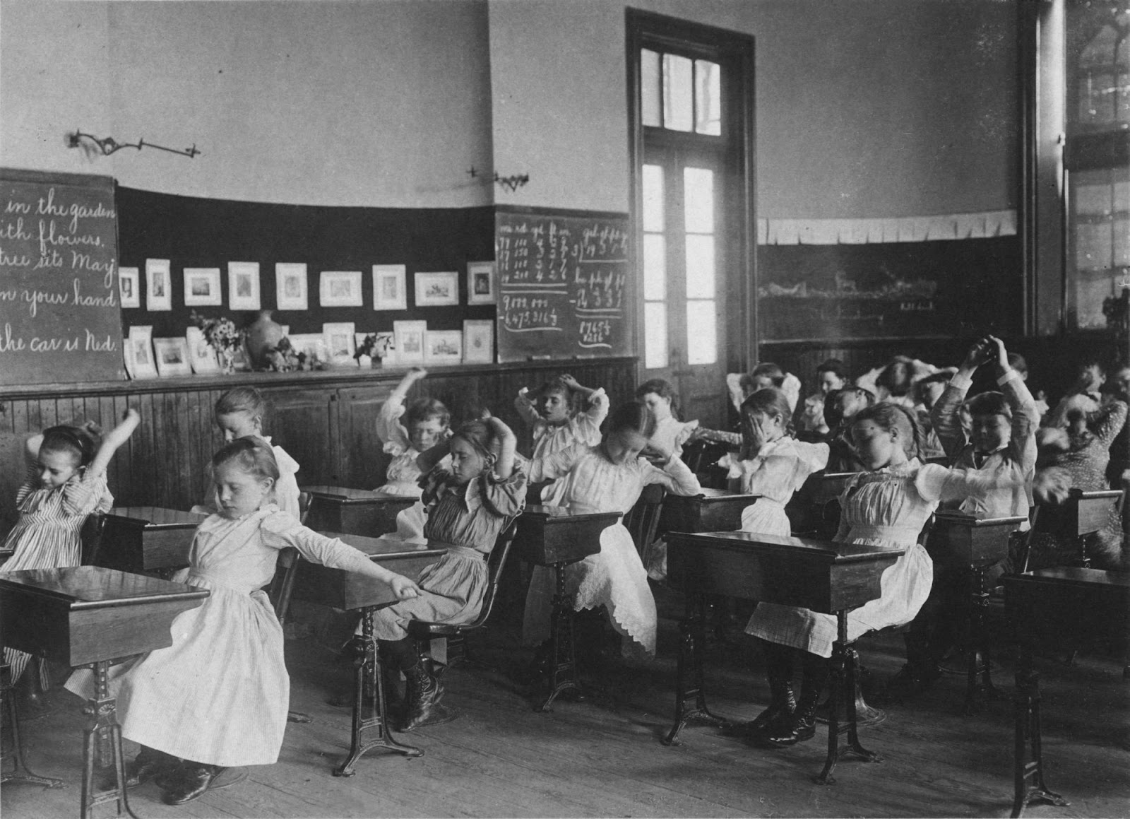 Frances Benjamin Johnston - Schoolgirls Doing Calisthenics