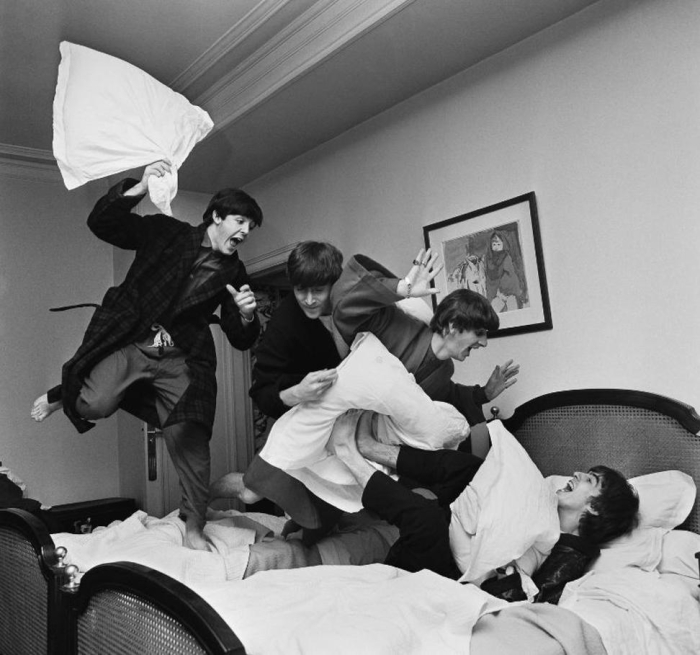 the-pillow-fight