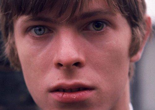 david bowie eyes