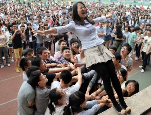 Страдания ради будущего – как школьники Китая сдают самый тяжелый экзамен в мире